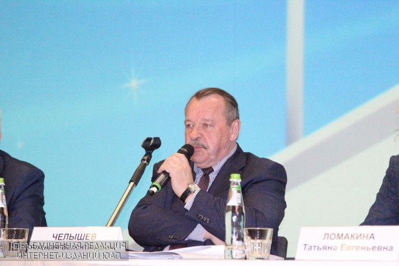Префект Алексей Челышев провел еще одну встречу сжителями округа по задачам реновации