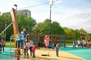"""Дети в парке """"Садовники"""""""