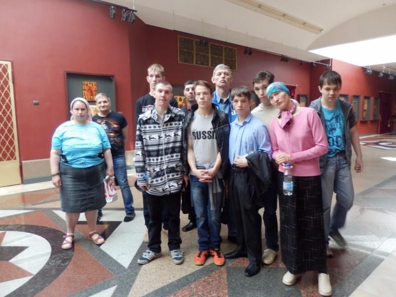 Воспитанники интерната в Храме Христа Спасителя