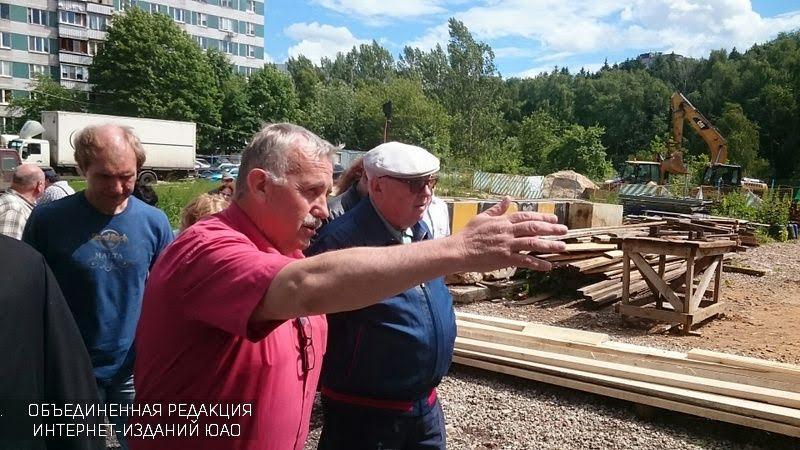 Владимир Ресин осмотрел ход работ построительству некоторых храмов вокруге