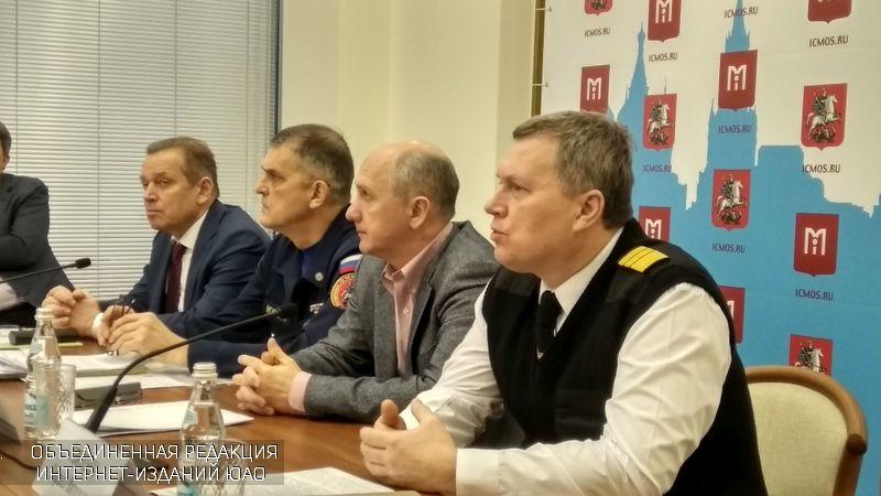 На пресс-конференции спасателей