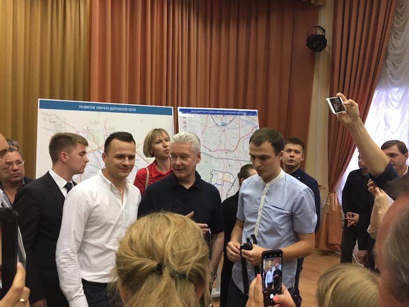 Сергей Собянин на встрече с жителями ЮАО