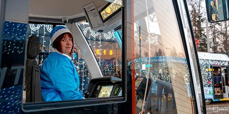 Более 420 тысяч людей стали пассажирами общественного транспорта в рождественскую ночь