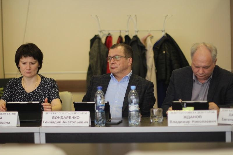 Муниципальные депутаты Нагатина-Садовников провели очередное заседание Совета