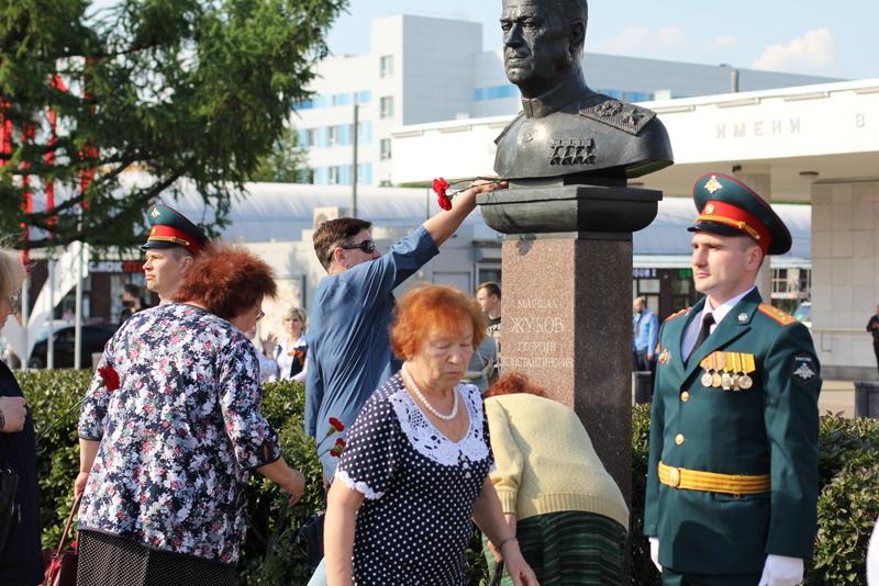 В Нагатине-Садовниках почтили память погибших в Великой Отечественной войне