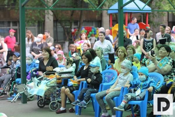 День защиты детей, Онкоцентр имени Блохина, НИИ детской онкологии и гематологии, Дмитрий Морозов
