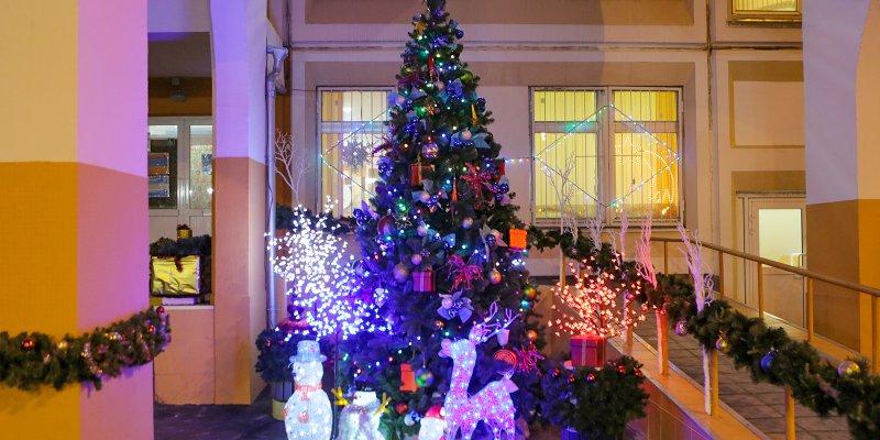 школа, иллюминация, Новый год, Дед Мороз, Снегурочка