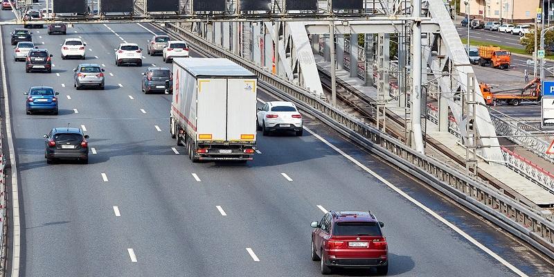 ЦОДД, грузовой каркас, грузовой автомобиль, грузовик, проезд, спальный район, жилая застройка