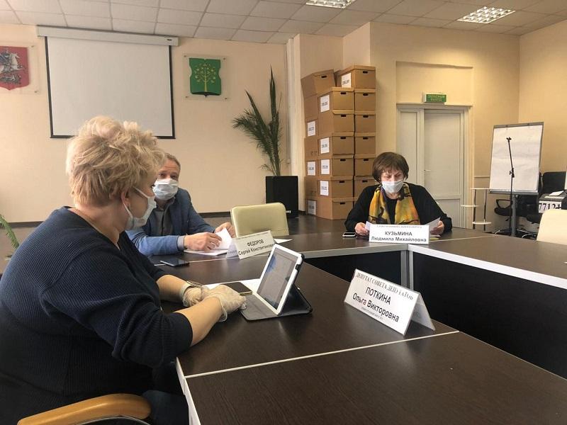 Муниципальные депутаты Нагатина-Садовников провели внеочередное заседание Совета