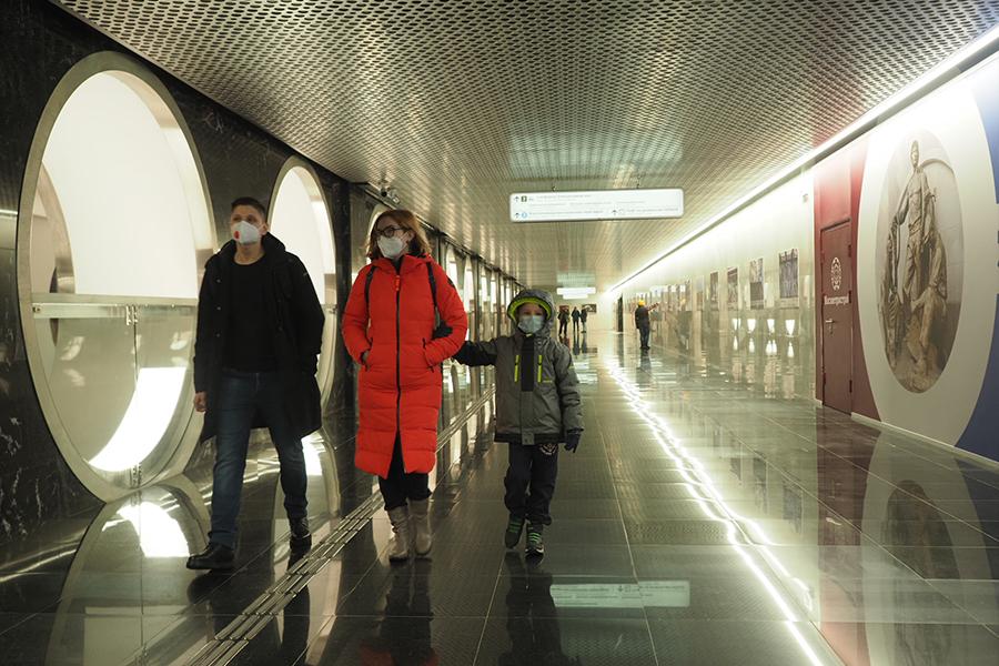 """Работу столичного транспорта продлят в рождественскую ночь. Фото: Антон Гердо, """"Вечерняя Москва"""""""